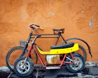 bikes-puebla-mexico-old-vintage-bike-streets-of-mexico-lots-of-color-web