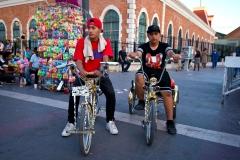 cycling-juarez-el-paso-downtown-juarez-cholos-riding-bikes-web