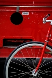 red-bike-streets-of-new-york-web